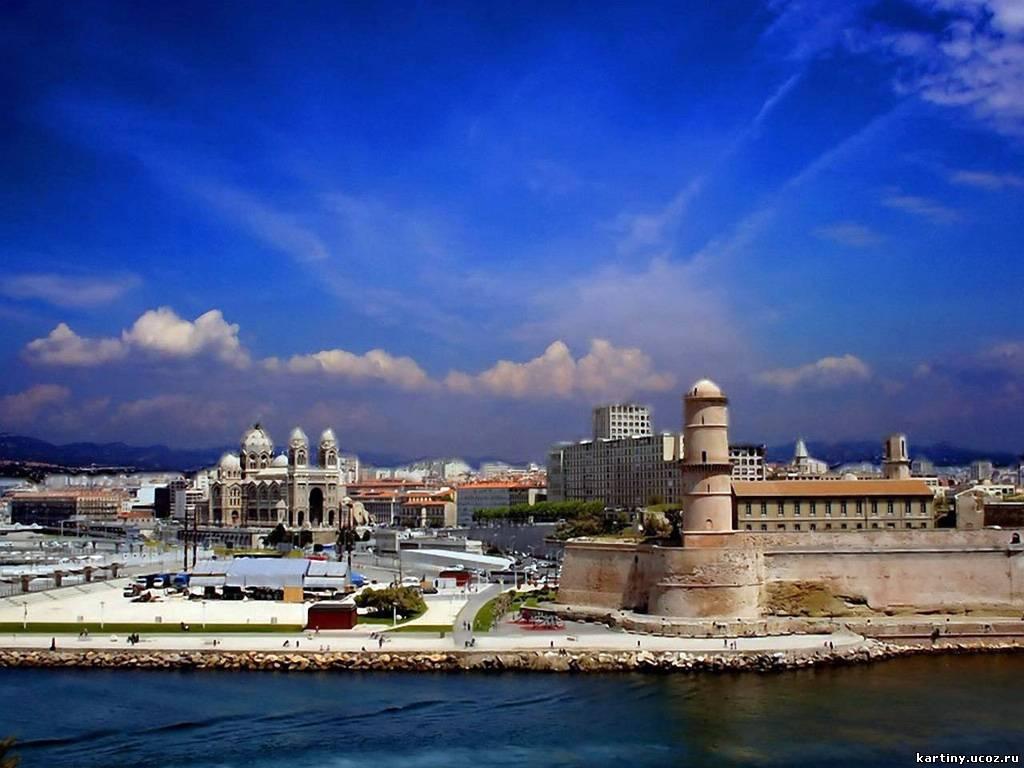 Это крупнейший порт на Средиземном море и второй по величине город Ф…